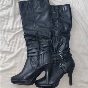 Cute rampage black pleather boots